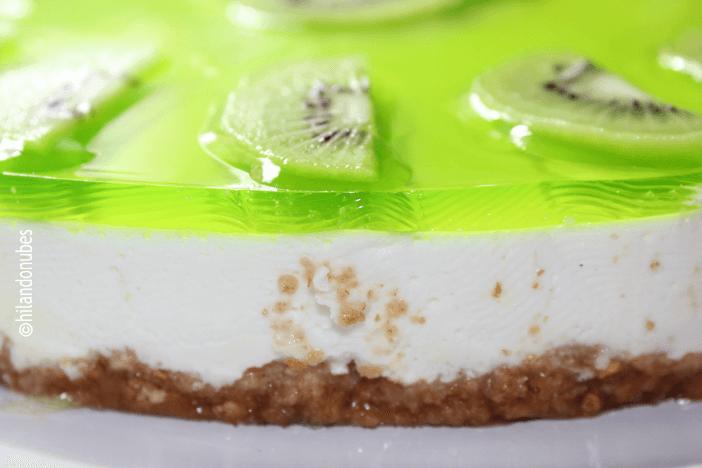 entrehuesosdecereza tarta de queso y kiwi
