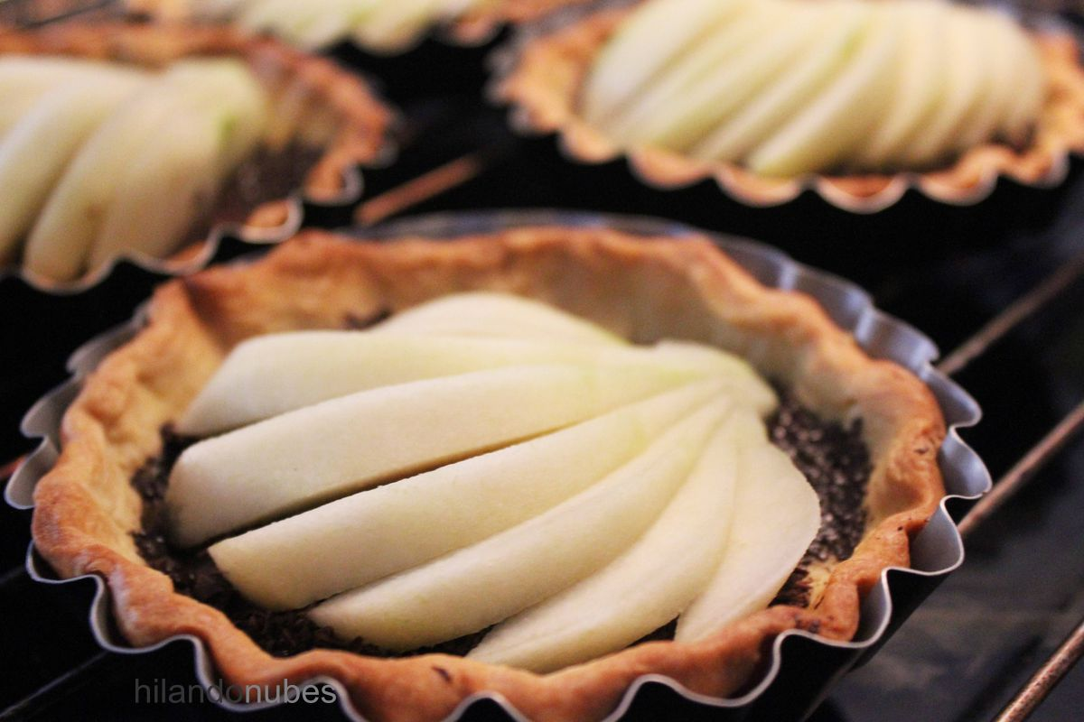 entrehuesosdecereza tartaletas de pera y chocolate